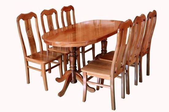 Bộ bàn ăn gỗ sồi Oval tại Phan Thiết